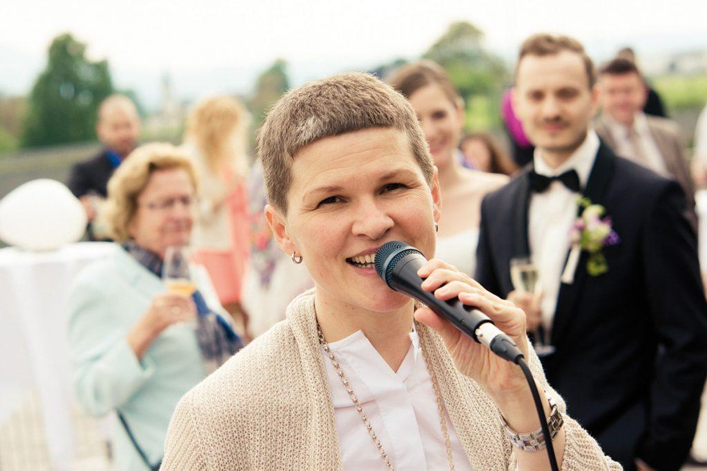 Brigitte Thaler singt bei Hochzeiten
